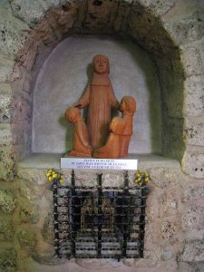Statue of De La Salle